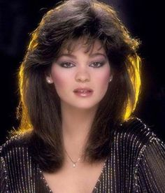 Carpet Hairstyles, Celeb Hairstyles, Anderson Hairstyles, Actor Valerie Bertinelli, 1980S Hairstyles, 80 S Hairstyles, Hairstyles Valerie, Hair Style, ...