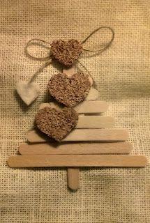 ♡ Addobbi per l'albero di Natale: Alberello di legnetti