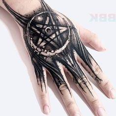 Satanic Tattoos, 3d Tattoos, Black Tattoos, Sleeve Tattoos, Cool Tattoos, Future Tattoos, Tattoos For Guys, Tattoo Lettering Fonts, Angel Tattoo Designs