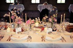 huwelijk bruiloft tafel aankleding decoratie