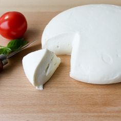 Homemade Mozzarella, warm and sweet and ready to eat in 30 minutes, so good!