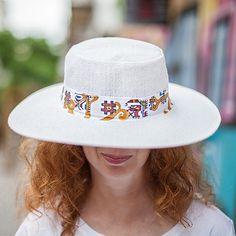 Hat Elbetitsa Hats, Fashion, Hat, Fashion Styles, Fashion Illustrations, Trendy Fashion, Caps Hats, Moda