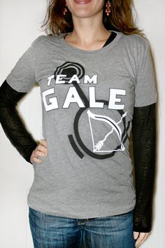 Finally someone chooses Gale over that ridiculously stupid Peeta! I absolutely would Choose Gale over Peeta if I had to!