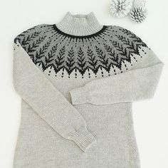 Ravelry: Vintersol pattern by Jennifer Steingass Fair Isle Knitting Patterns, Sweater Knitting Patterns, Knitting Designs, Knitting Projects, Hand Knitting, Nordic Sweater, Vintage Costumes, Knit Crochet, Sweaters