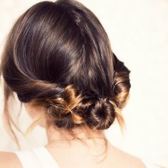 15 Hair Hacks that Take Less Than 5 Minutes