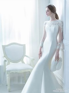 What makes a wedding dress both timeless and unique? Monica Blanche has the answer in this gorgeous bridal gown! » Praise Wedding Community
