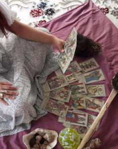 Vrăjitoarea Elena Maria | Top vrăjitoare online. Top, Crop Tee, Shirts, Blouses