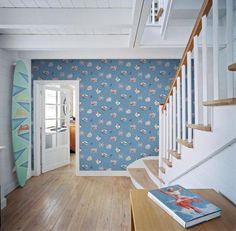 #wallpaper #grandeco #tapety #detske #jack #julie Má Vaše dieťa rado more, palmy ale hlavne veľa veľa modrej?! Aj pre ne máme v našom e-shope tapetu Jack 'n Rose od Grandeco. http://www.studiobyvania.sk/jnr12-06-05g/p999829