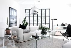 Minimal Styling by Annaleena | Nordic Days http://www.nordicdays.blogspot.nl/2014/05/minimal-styling-by-annaleena.html