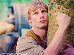 Fifty bucks says Merlin told him to look for wordworm. (parallels, gif set)