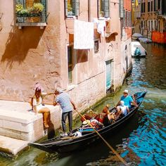 Venice, one of the most beautiful cities, where every corner is postcard perfect. Find all its photogenic locations here! European Summer, Vintage Italy, Retro Vintage, Northern Italy, Venice Italy, Sorrento Italy, Naples Italy, Sicily Italy, Most Beautiful Cities
