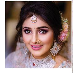 Bridal Makeup Looks, Indian Bridal Makeup, Indian Bridal Outfits, Bride Makeup, Wedding Hair And Makeup, Bridal Looks, Glam Makeup, Bride Photography, Indian Wedding Photography