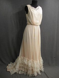 Womens Late 19th Century cream net lace over pink silk Nightgown