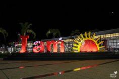 O que fazer em Puerto Iguazú: dicas de atrações Duty Free Shop, Puerto Iguazu, Fair Grounds, Neon Signs, Fun, Travel, Miami, Iguazu Falls, City
