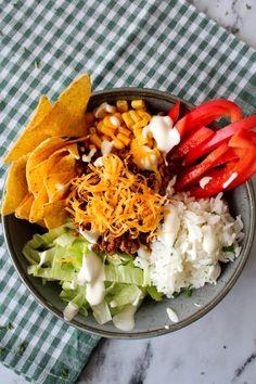 Fajita Bowls – One Kitchen – A Thousand Ideas Mexican Food Recipes, Snack Recipes, Dinner Recipes, Healthy Recipes, Snacks, Fajita Bowls, Tacos And Burritos, Keto, Salad Bowls