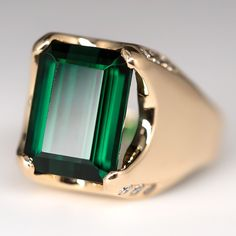 Green Tourmaline Cocktail Ring Diamond Accents 14K Gold