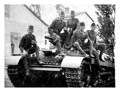 Turan Tank and Soldiers
