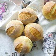 Panini di semola rimacinata Bimby • Ricette Bimby Hamburger, Pane Pizza, Homemade, Breads, Food, Bread Rolls, Hamburgers, Home Made, Burgers