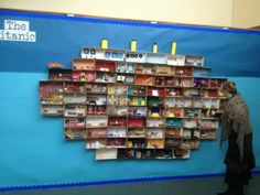 Great idea for titanic display. Same idea could work for other topuc areas that need rooms eg homes & houses. Could use for art projects - group self portrait, art exhibition. Titanic Art, Titanic History, Rms Titanic, Class Displays, School Displays, Library Displays, Ks2 Classroom, History Classroom, Classroom Ideas