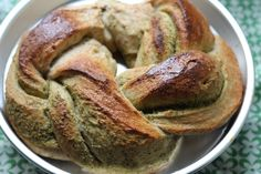Pesto whole wheat wreath bread