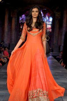 No orange. Manish Malhotra - orange anarkali - sangeet outfit - mehendi outfit - saffron and gold - Indian bride - Indian couture Mehendi Outfits, Pakistani Outfits, Indian Outfits, Sangeet Outfit, Indian Attire, Indian Ethnic Wear, Ethnic Fashion, Asian Fashion, Fashion Women