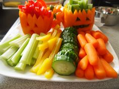 Halloween healthy snacks- jack-o-latern peppers to hold crudite www.onedoterracommunity.com https://www.facebook.com/#!/OneDoterraCommunity
