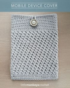 Mobile Device Cover   Free Crochet Pattern by Little Monkeys Crochet (iPad cover, Tablet Cover)