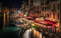 壁紙をダウンロードする ヴェネツィア, チャンネル, ボート, ホーム, ゴンドラ, 夜, イタリア, 灯り