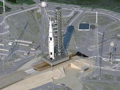 Artist's Concept of Space Launch System on the Pad