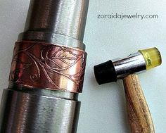 Etched cuff on mandrel with mallet Mixed Metal Jewelry, Copper Jewelry, Viking Jewelry, Wire Jewelry, Jewelry Tools, Jewelry Ideas, Metal Bracelets, Cuff Bracelets, Bangles