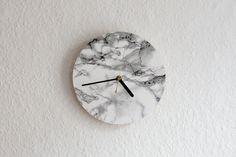 Uhren - Wanduhr - Marmor - ein Designerstück von supersarah bei DaWanda