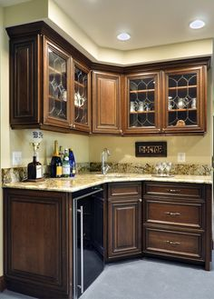 Traditional Kitchen Corner Sink Design, Pictures, Remodel, Decor and Ideas