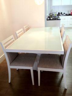 Linda Mesa De Jantar Com Seis Cadeiras De Laca Branca