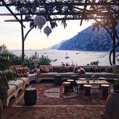 Positano et la Villa Tre Ville - Lili Barbery Almafi Coast Italy, Amalfi Coast, Positano Italy, Naples Italy, Places In Italy, Places To Go, Road Trip, Paradise On Earth, Italy Travel