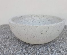 Concrete Wood, Decorative Bowls, Tableware, Home Decor, Homes, Deco, Dinnerware, Decoration Home, Room Decor