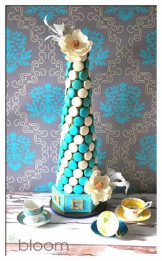 Victorian style macaron tower Cake by BloomCakeCo - Bakery/Cake decorating/Cookies - Makaron Macaroon Tower, Macaroon Cake, Macarons, Macaron Cookies, Wedding Cake Cookies, Wedding Cupcakes, Cake Wedding, Cakepops, Cake Decorating Tips
