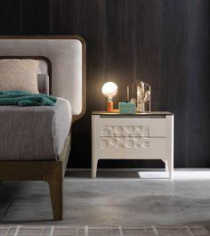 Modo 10 - Collezione Moon Nordic Furniture, Furniture Design, Night Table, Bedside Cabinet, Sofa, Home Goods, Bedroom Decor, House Design, Shelves