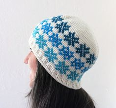 Crochet Pattern ~ All Ages Falling Snowflakes Beanie ~ Crochet Pattern