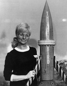 Sylvia Anderson with Thunderbird Fantastic Show, Great Tv Shows, Best Series, Tv Series, Science Fiction, Classic Tv, Classic Films, Thunderbirds Are Go, Cult