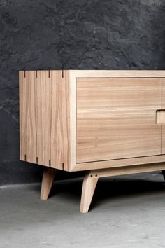 Modern Furniture: What to look for and how to buy – Modern Home Timber Furniture, Plywood Furniture, Fine Furniture, Modern Furniture, Furniture Design, Plywood Table, Cheap Furniture, Furniture Plans, Garden Furniture