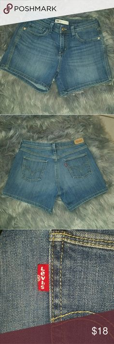 "♡Sale♡ High Waisted Levi Shorts 4 High Waisted Levi Shorts in size 4. These are in great condition with the waist measuring in at 14.5"" laying flat and an inseam of 4.5"".  Happy Poshing :) Levi's Shorts"