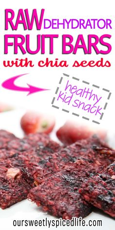 Need a snack that's easy and healthy? Make up these strawberry apple chia bars; just blend ingredients up and dehydrate for a delicious fruit bar treat! Healthy Strawberry Recipes, Healthy Fruit Snacks, Healthy Kids, Healthy Eating, Healthy Recipes, Homemade Fruit Leather, Fruit Leather Recipe, Raw Dessert Recipes, Raw Food Recipes