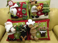 4 Modelos de cojines hechos a mano… by lea Felt Christmas Ornaments, Christmas Candles, Noel Christmas, Christmas Decorations To Make, Holiday Crafts, Christmas Stockings, Holiday Decor, Christmas Sewing, Christmas Fabric