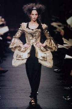 Evelyne Politanoff: Marie-Antoinette Meets Vivienne Westwood: The 18th Century Back in Fashion at Versailles