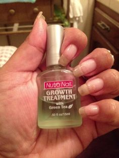 Nutra Nail Growth Treatment with green tea. I used this to help me … nail care # nail growth Nutra Nail Growth Treatment with green tea. I used this to help me … nail care # nail growth Grow Nails Faster, How To Grow Nails, Nail Growth Treatment, Nail Growth Tips, Strong Nails, Healthy Nails, Tips Belleza, Health And Beauty Tips, Natural Nails