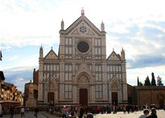 Basilica of Santa Croce, Florence Copyright @ TheDaydreamingTourist www.thedaydreamingtourist.com