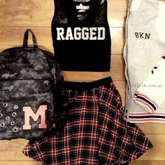 Images and videos of ropa juvenil Crop Top Outfits, Girly Outfits, Casual Outfits, Cute Spring Outfits, Summer Work Outfits, Super Moda, Teen Fashion, Fashion Outfits, Look Formal