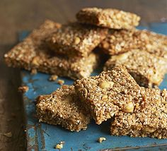Whip up a batch of these chewy, oaty flapjacks, packed with nuts, seeds and desiccated coconut - perfect as a afternoon pick-me-up Golden Syrup Flapjacks, Bbc Good Food Recipes, Cooking Recipes, Sweet Recipes, Rhubarb Ginger Jam, Flapjack Recipe, Honey And Cinnamon, Vegan Snacks, Antipasto