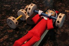 The Elf On The Shelf ~elf works out