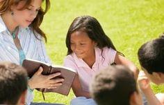 Campanha de distribuição de Bíblias em escolas públicas nos EUA
